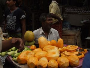 Papaya for sale Public domain image/Md.Saiful Aziz Shamseer