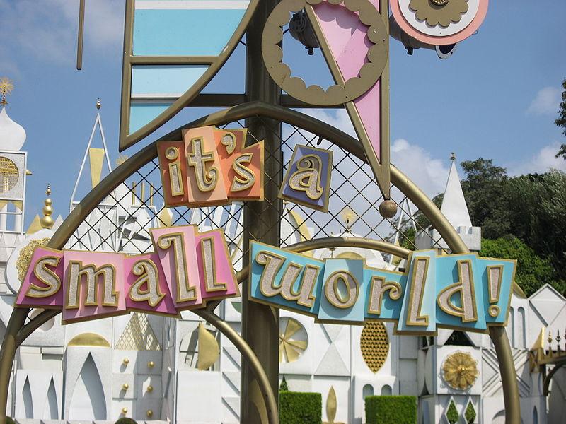 Disneyland-It's a small world Image/Jonnyboyca